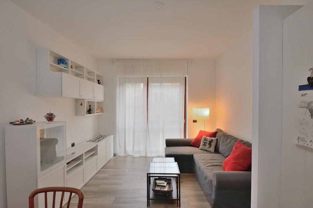 Affitto appartamento via Catalani - immagine 2