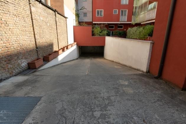 Vendita Box Milano, viale Lombardia - immagine 13