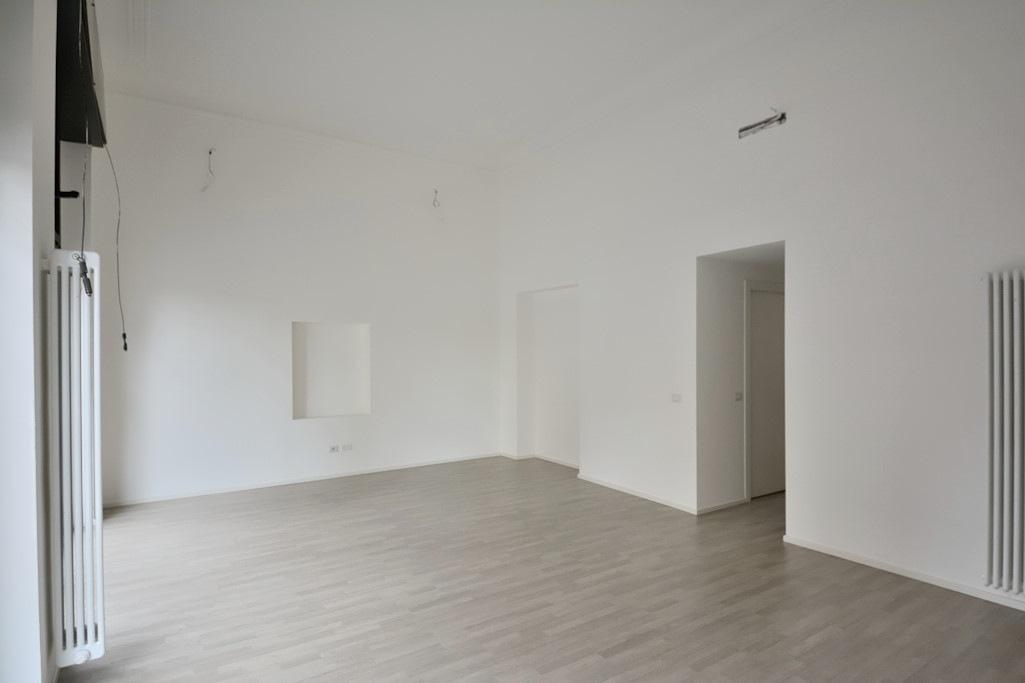 Affitto ufficio su strada viale Abruzzi Milano - immagine 17