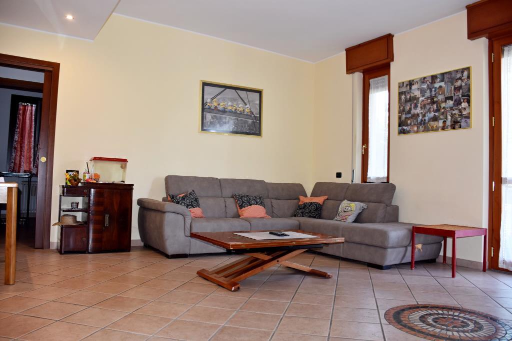 Vendita villa Brugherio via Don Milani - immagine 2